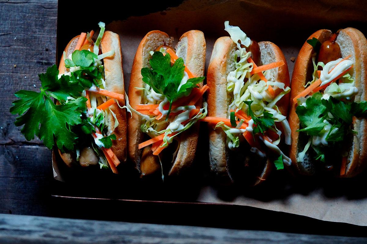 Báhn Mi Hot Dog