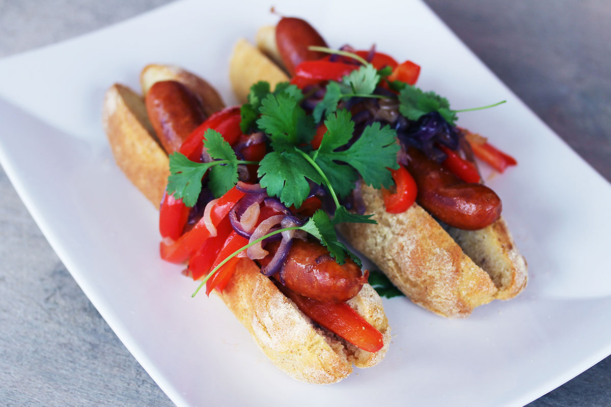 Chorizo hotdog med paprikatopping