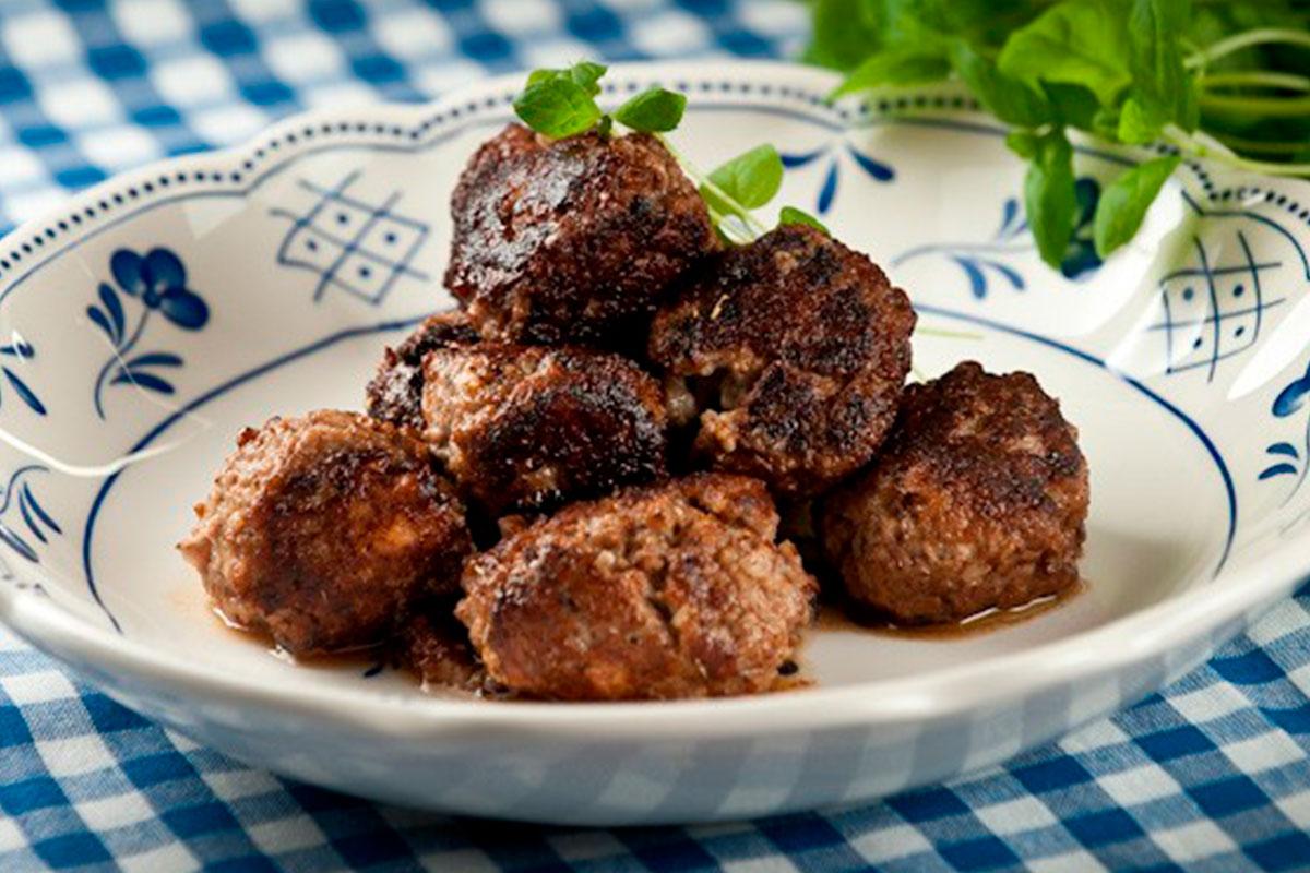 Kreikkalaiset lihapullat 1