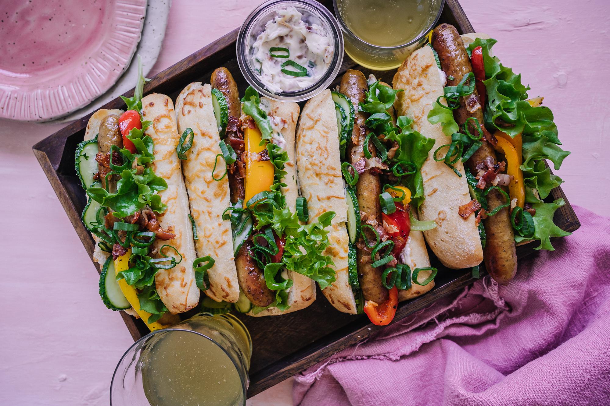 Salsicciasämpylät ja pikantti pekonimajonneesi