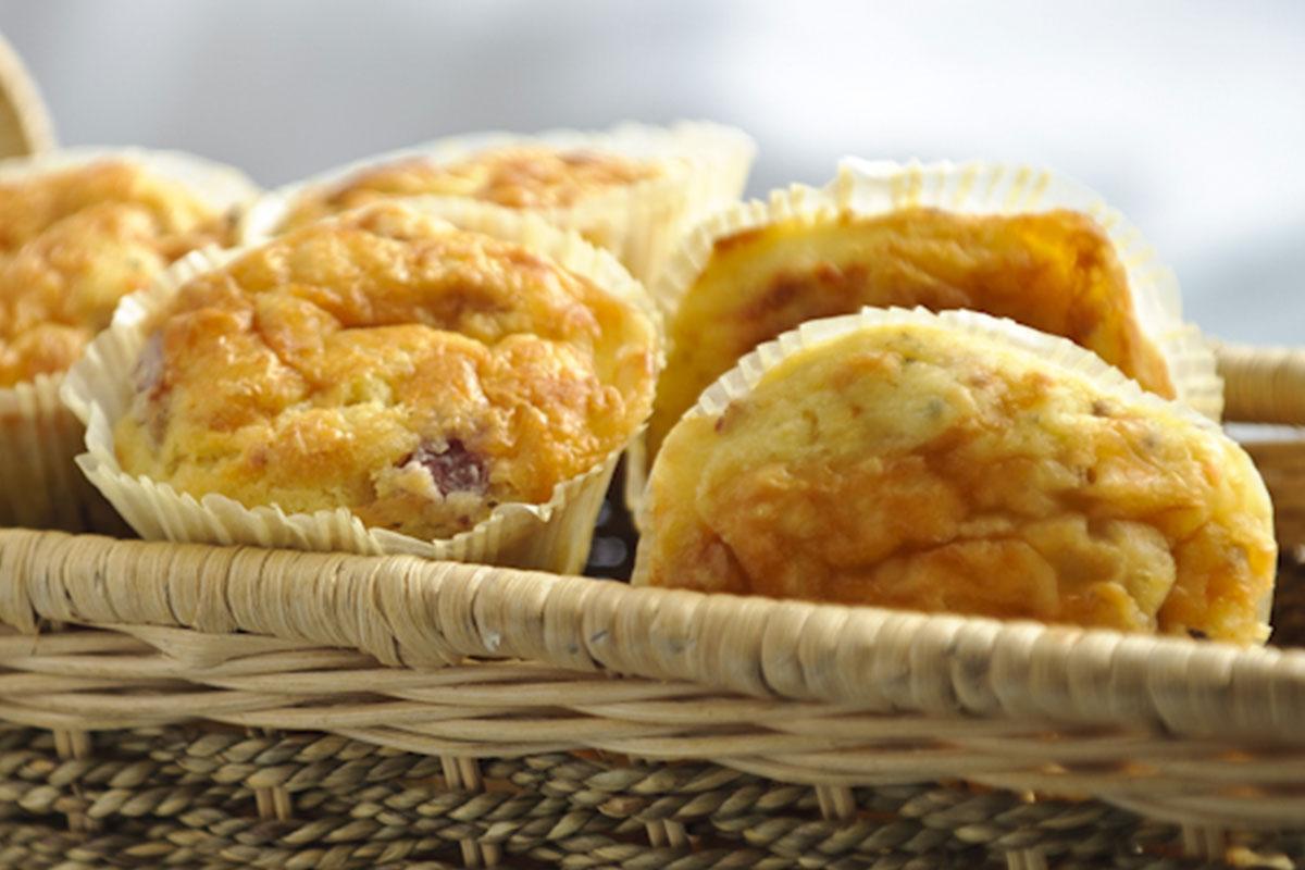 Suolaiset muffinssit meetvurstilla 1